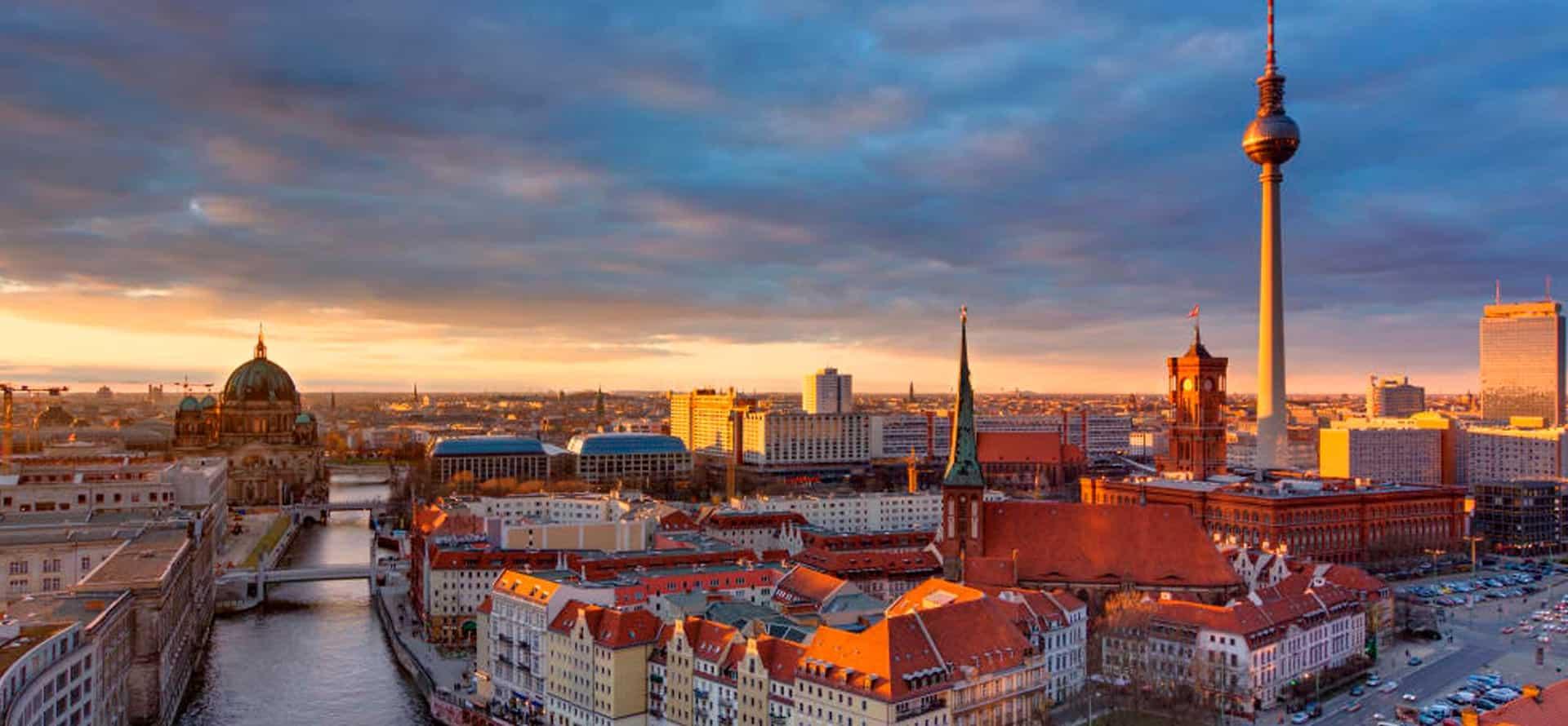Imagén panorámica de Berlín que introduce la página de Alemán a la medida de la Academia Alemana Deutsch en Bogotá